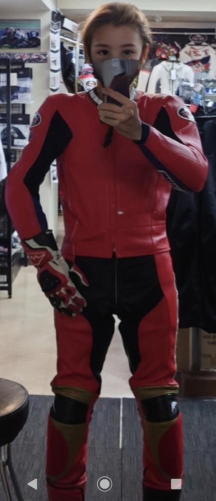 新しいスーツ作りました